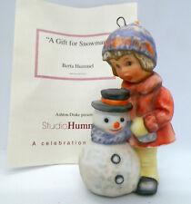 Goebel Berta Hummel A Gift For Snowman Christmas Ornament