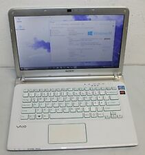 "Sony Vaio SVE14A2V1EW 14"" 500GB ,Intel Core i5 2 , 50 GHz, 4gb gráfica Radeon"