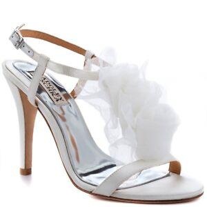 NIB Badgley Mischka CISSY Wedding Bridal heel sandals T strap  shoes White 10 M