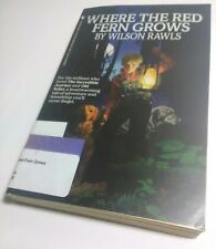WHERE THE RED FERN GROWS [paperback book] Wilson Rawls classic literature novel
