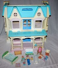 Vtg FISHER PRICE 6364 LOVING FAMILY DREAM HOUSE Folding + Dad Mom Baby Furniture