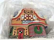 Dept 56 Augie'S Christmas Carols North Pole Series Lighted Building 2006