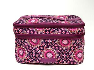 NWT NEW WITH TAGS VERA BRADLEY ICONIC BRUSH UP COSMETIC CASE RASPBERRY MEDALLION