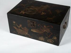 19TH C ANTIQUE CHINESE EXPORT HAND PAINTED PIGSKIN Pig Skin Trunk Box Chest Nice