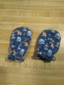 Zak & Zoey Baby Boy Size Newborn Cotton Blend Navy Blue Wild One Foxes Mittens
