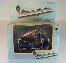 Maisto 1/18 Vespa Granturismo Motorroller blau OVP #2737