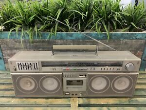 PIONEER SK-909 Stereo Boombox