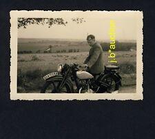 MANN m MOTORRAD /  Motorbike * Privates Foto um 1935