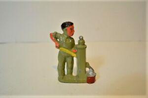 Vintage BARCLAY MANOIL PUMPER Figure