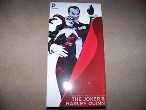 DC Universe The Joker and Harley Quinn Statue Cover Girls Mad Love Batman