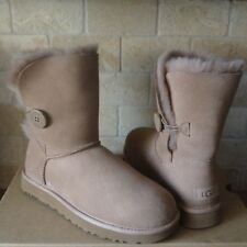UGG Bailey Button II Water-resistant Fawn Suede Short Boots US 10 Womens NEW