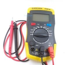 Capacimetro Digitale Misuratore capacità Condensatore Capacitanza Tester LCD >