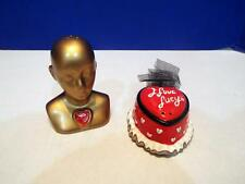 I LOVE LUCY - VANDOR GOLD BUST WITH HEART HAT SALT AND PEPPER SHAKERS