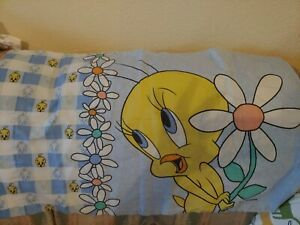 TWEETY BIRD Standard Pillowcase PILLOW CASE 1998 Warner Bros Flower Vintage