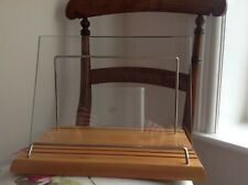 BRAND NEW WOODEN TEMPERED GLASS COOKBOOK/MUSIC STAND FROM GRANDE CUISINE