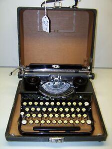 Antique 1934 Royal Model O Vintage Typewriter O-359894