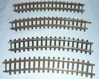 """TRIANG OO GAUGE 4 PIECES OF SINGLE CURVED TRACK (17 1/2"""" RAD.) SERIES 4 R486"""