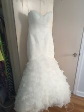 La Sposa mermaid style off-white strapless sweetheart wedding dress