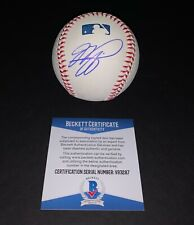 MIKE PIAZZA SIGNED BASEBALL BECKETT AUTHENTICATED
