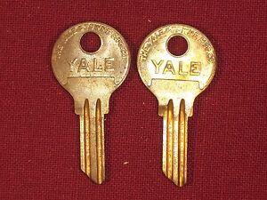 2 Yale Original Key Blanks Studebaker Crosley AMC Kaiser Frazer Rambler Willys