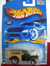 Hot Wheels Morris Wagon #047 2001 First Editions