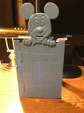 1975 WALT DISNEY PRODUCTIONS MICKEY MOUSE BOOK HOLDER BOOK ENDS / REAL PICS