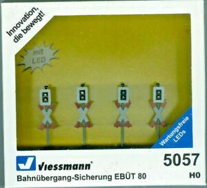 Viessmann 5057 Bahnübergang-Sicherung EBÜT 80, 4 Stück und Elektronik, H0, Neu
