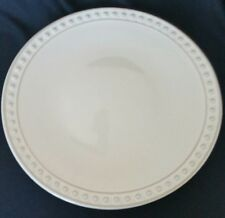 """4 BETTER HOMES & GARDENS ARLINGTON DINNER PLATES 11"""" BEIGE"""