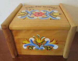 ROSEMALE RECIPE BOX Wood SIGNED VG