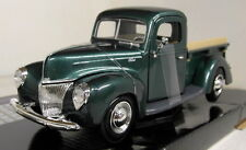 Motormax 1/24 Scale 1940 Ford Pickup Metallic Green Diecast model car