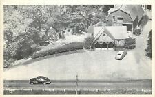 Veazie Maine~Penobscot County~Overnight Cabins~Barn~1940s Cars~Postcard