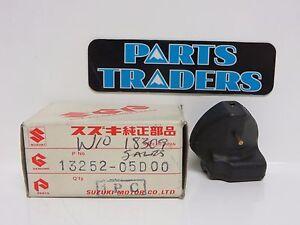 NOS Genuine Suzuki Carburetor Carb Float RMX250 1990 1991 1992 90 91 92