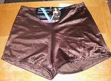Vassarette Boyshorts Panties Sz 9 ( 2X)  NWT Brown (ChocltKiss)