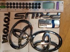 2001 Toyota Prius Front And Rear Emblems