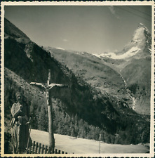 Suisse, Zermatt, Croix sur la route du Gornergrat, 1949, Vintage silver print Vi