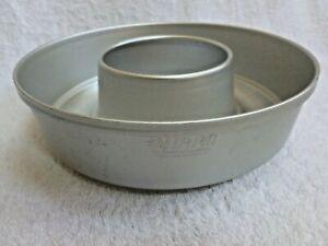 "VGUC 8 8 1/2""  Mirro Aluminum Jello Ring Mold"