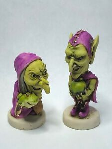 Neil Eyre Designs Halloween Green Goblin & Witch Set2 Tree Frog Broom Apple LE12