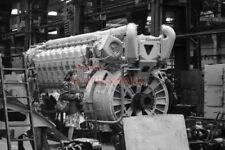 PHOTO  DIESEL ENGINE AT DONCASTER WORKS  (2) 1979