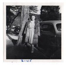 PHOTO Voiture Automobile Renault Peugeot Citroën 1945 Manteau Femme Fourrure