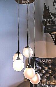 Modern Stilnovo Cascading Pendant with 5 Satin Glas Globes, Wooden Canopy 1960s