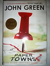 ***SIGNED*** PAPER TOWNS by John Green (Hardcover)  NEW