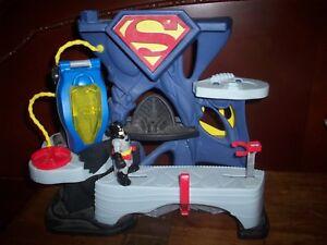 Fisher Price Superman Playset  DC Super Friends Imaginext Mattel 2013 w/ Batman