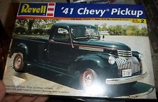 REVELL 1941 CHEVY PICKUP 1/25 Model Car Mountain KIT FS