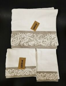 AVANTI 3 PC SET EMBROIDERED IVORY,CREAM+TAUPE,GRAY BATH+HAND TOWEL+FINGERTIP