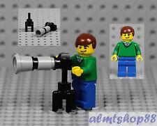LEGO - Photographer Minifigure w/ Zoom Lens Camera Tripod Camera Man City Town