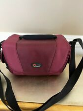 LowePro Edit 130 Carry Bag Case for Digital Camera Camcorder Video Maroon.Euc