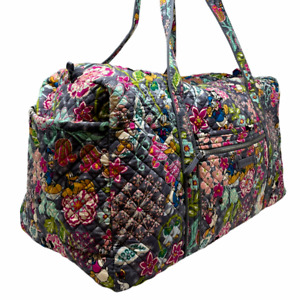 VERA BRADLEY Large Duffel Bag In Mickey & Friends Disney Retired Excellent Cond