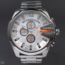 DIESEL Mega Chief Chronograph Herrenuhr DZ4328 Edelstahl Farbe: Silber