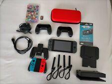 Nintendo Switch Joy-Con Spielkonsole Grau/Rot-Blau + Menge an Zubehör