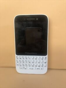 BlackBerry Q5 White Smartphone Nano Sim unlock works great